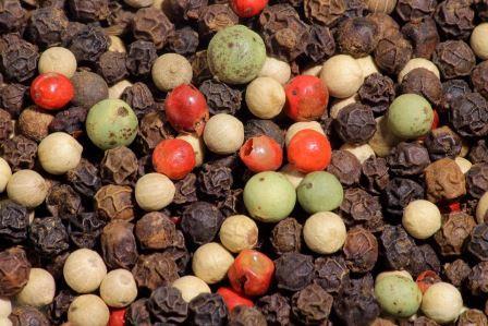 Самая популярная в мире пряность: черный перец