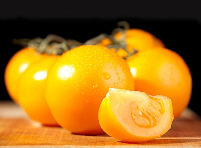 Желтые помидоры полезны для здоровья, поскольку богаты немалым количеством особых волокон