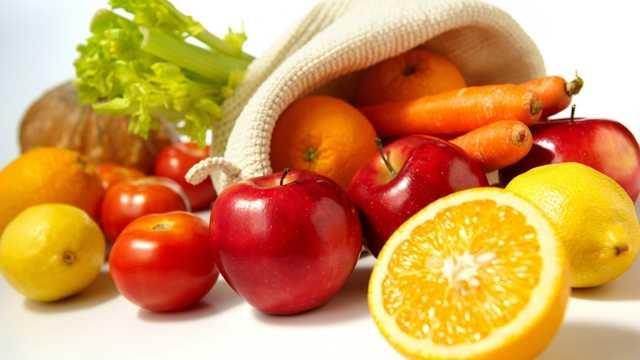 Совмещение свойств генетики различного характера позволяет не только изменять размеры, сделать помидоры маленькими или большими, но и изменять цвет, вкус