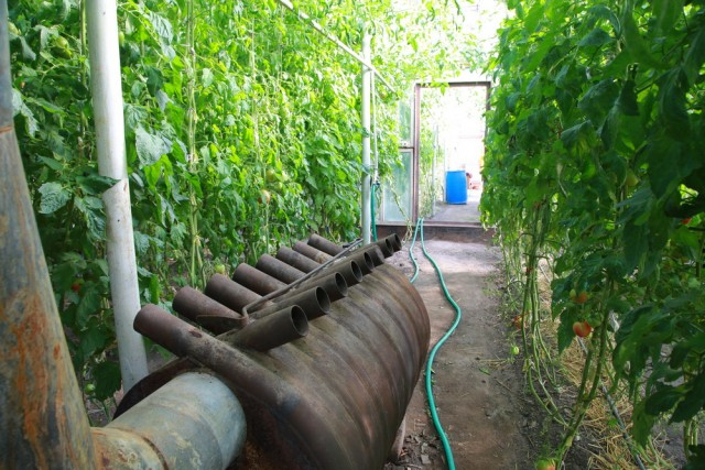 Опытный овощевод всегда в своем распоряжении имеет отопительные котлы разных типов