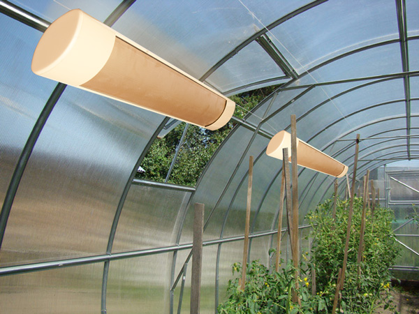 Современные отапливаемые теплицы из поликарбоната имеют ряд преимуществ