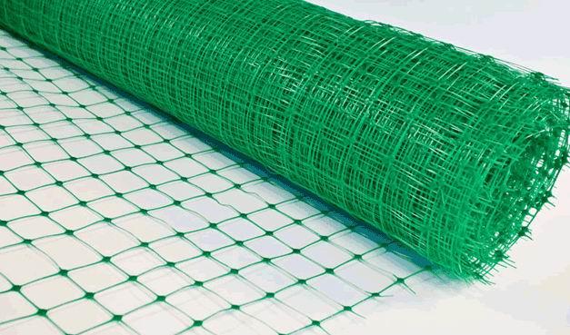 Прочность, надежность и долговечность пластиковой сетки обеспечили ей огромную популярность среди любителей и профессионалов тепличного земледелия