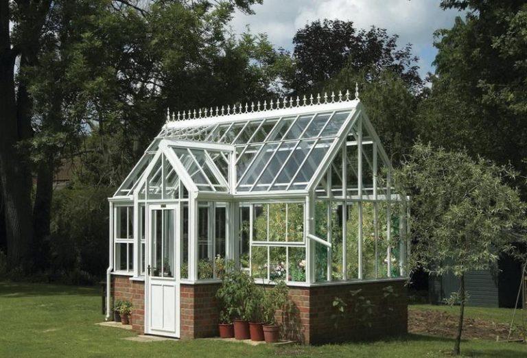 Теплицы элитные - это конструкции из поликарбоната или стекла на металлическом каркасе