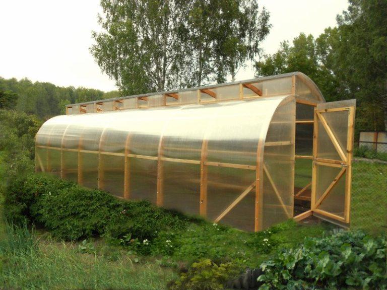 Для изготовления каркаса постройки рекомендуется использовать промышленные сорта дерева