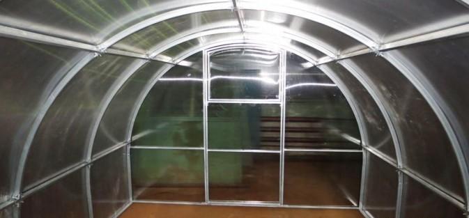 Царский домик - теплицы отечественной разработки, выпускаются они заводом ЗИЛ с 2012 года