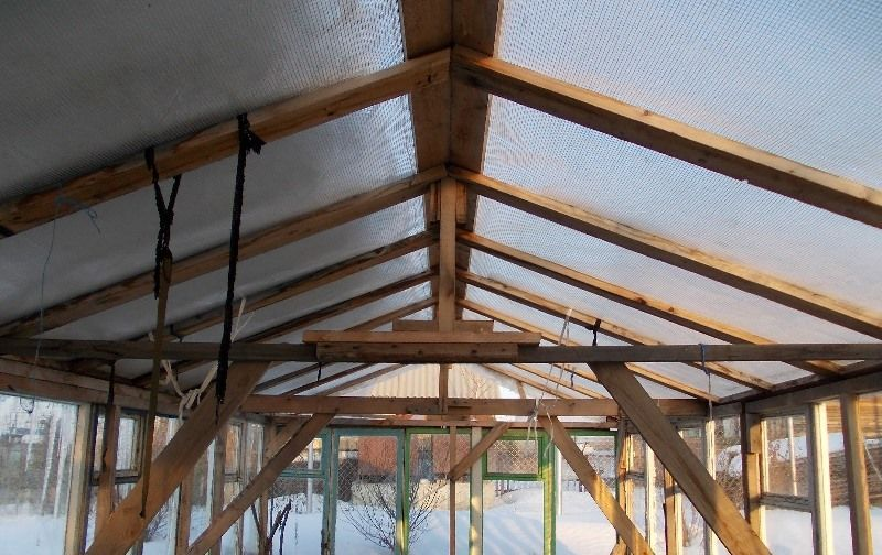 Сделать крышу поликарбонатом своими руками