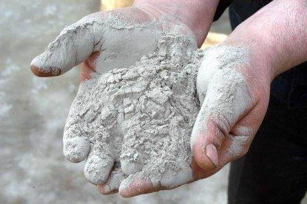 Какой цемент лучше для фундамента дома, а какой подойдет для теплицы?