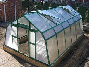Гласс Хаус теплицы проектирует и изготавливает проектно-производственная компания GLASS HOUSE