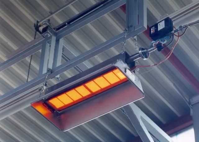 Благодаря обогреву теплиц инфракрасными обогревателями происходит компенсация тепловых потерь за счет максимального КПД прибора