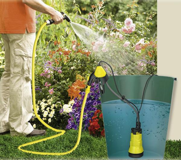 Самой хорошей является дождевая вода, собираемая дачниками в большие емкости, бочки при помощи водостоков