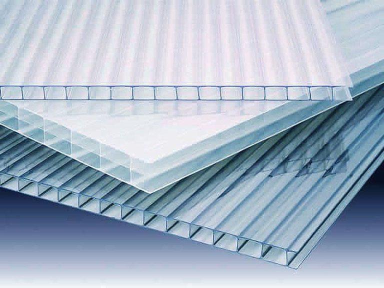 Это вещество представляет собой полимерный материал, прозрачный и термопластичный