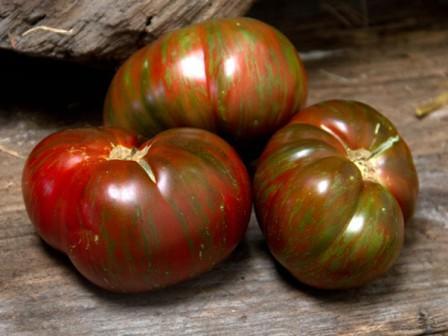 Среди помидорных сортов американской селекции есть вкуснейший гигант - томат Полосатый шоколад