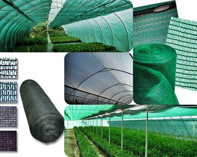 Огромное влияние на развитие растений оказывает размер ячеек затеняющей сетки. Чем они больше, тем большее количество тепла и солнечного света будет пропускать материал