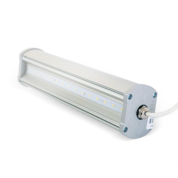 В мощных светильниках светодиодов очень много