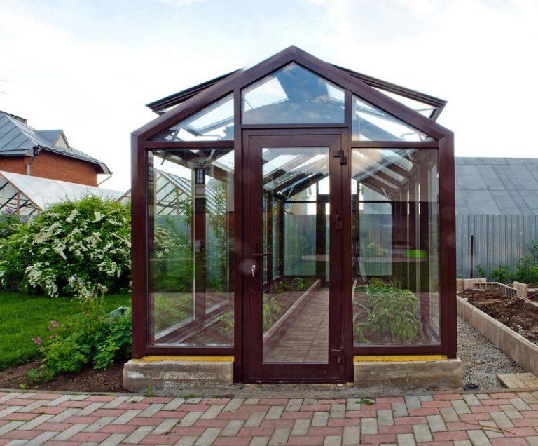 Полипропиленовые профили становятся все более популярными и используются большим количеством дачников и садоводов