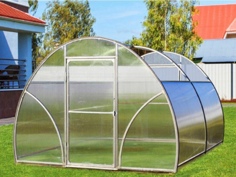 Раздвижная крыша избавит от беспокойства за температуру внутри теплицы