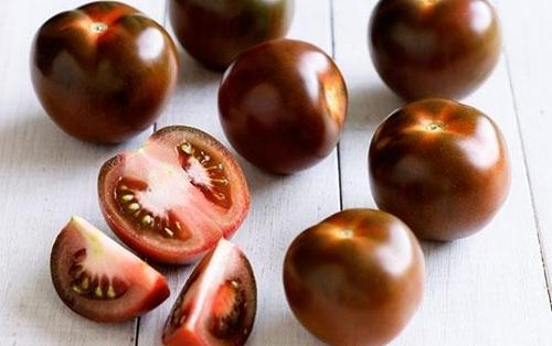 Одной из наиболее экзотических разновидностей томатов являются помидоры кумато