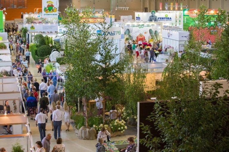 На площади 11 000 кв. м будут представлены самые интересные с коммерческой точки зрения сорта срезанных цветов, декоративные деревья и кустарники, аксессуары для флористики